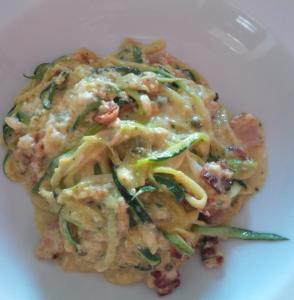 Zucchini-Spaghetti Carbonara
