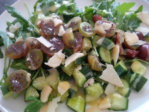 Rucolasalat mit Stachelbeeren