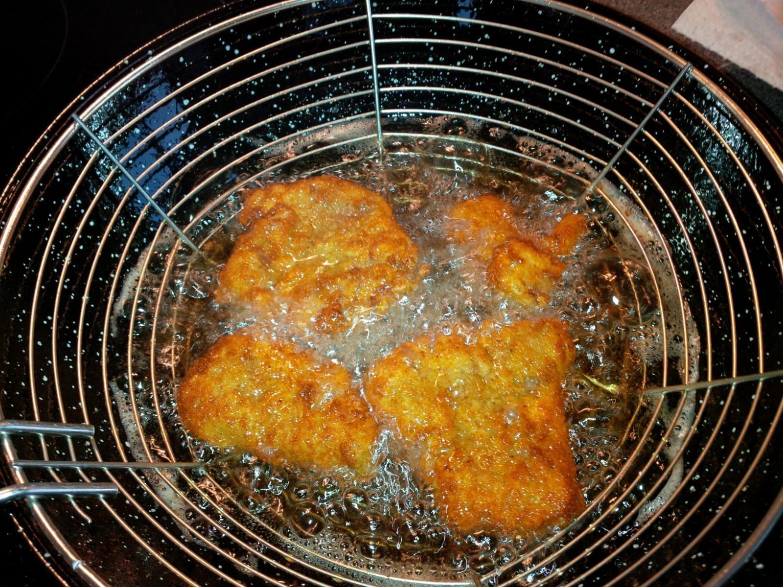 Wiener Schnitzelchen in der Pfanne