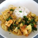 Spitzkohl-Curry mit Basmatireis