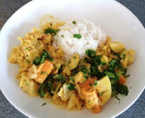 Spitzkohl-Curry mit Basmatireis