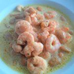 Weiße Bohnensuppe mit Garnelen